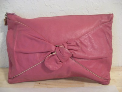 Clutch Pink Bow Leather 1