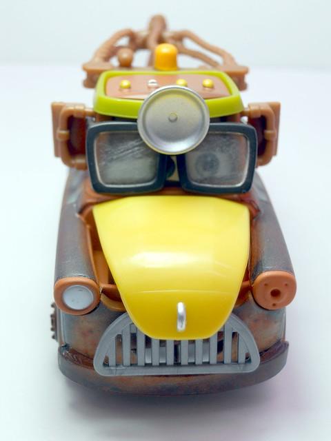 cars toon tokyo mater dr. abschlepp wagen (4)