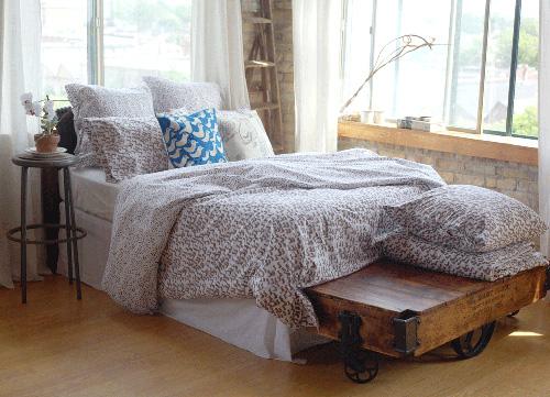 Virginia Johnson Bedding