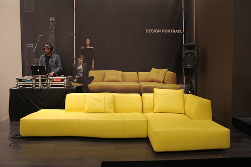 DJ and Bend sofa