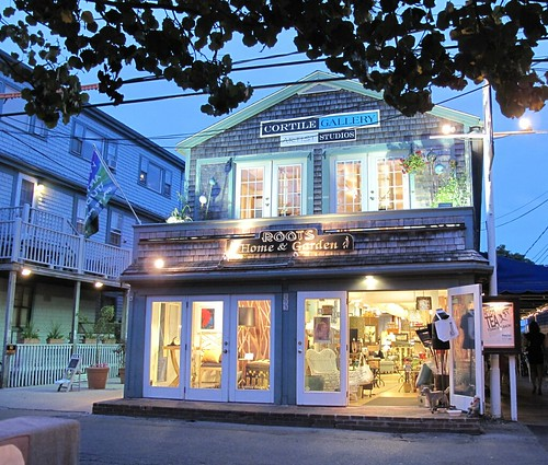 night shopping in Ptown
