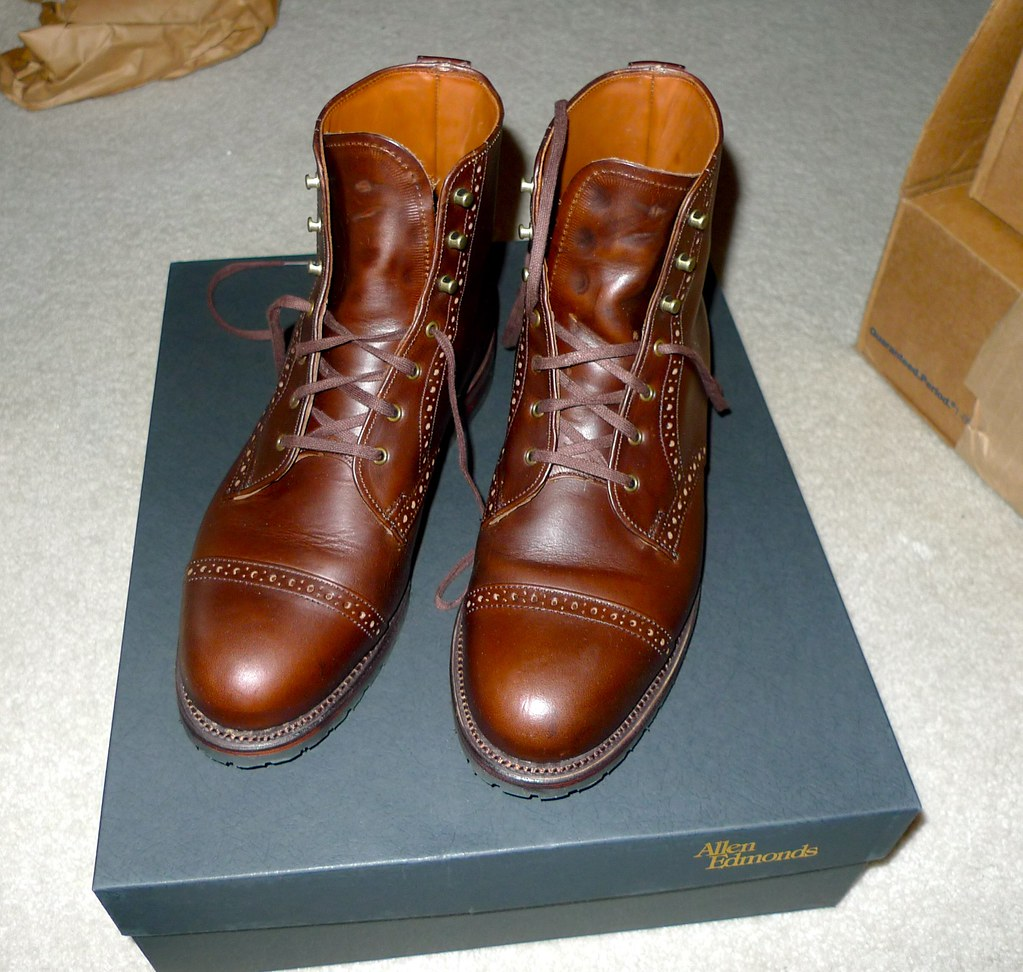 AE Bayfield boots