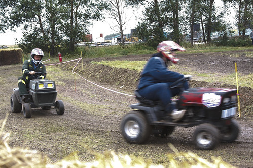 Lawn Tractor Racing