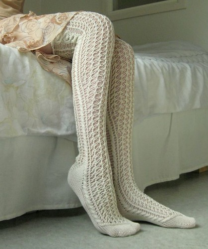 Lace stockings4