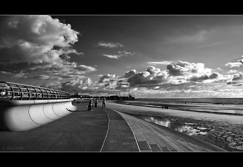 South Pier Black & White