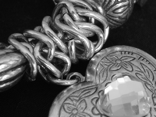 NiBW - Bracelet 02