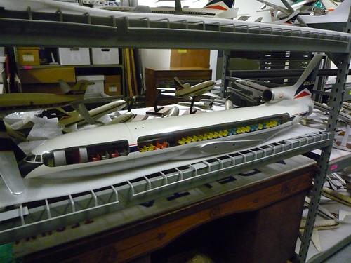 Delta L1011 Cutaway Model