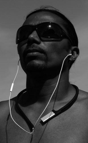 Pod-a-porter-the-case-of-iPod-shuffle_1