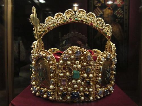 Hofburg Crown 3.2