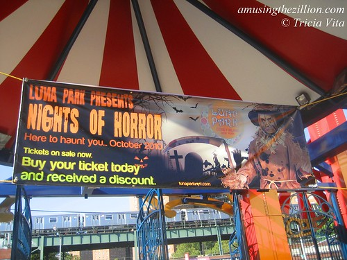 Banner for Luna Park Presents Nights of Horror...Here to Haunt You, October 2010. Photo © Tricia Vita/me-myself-i