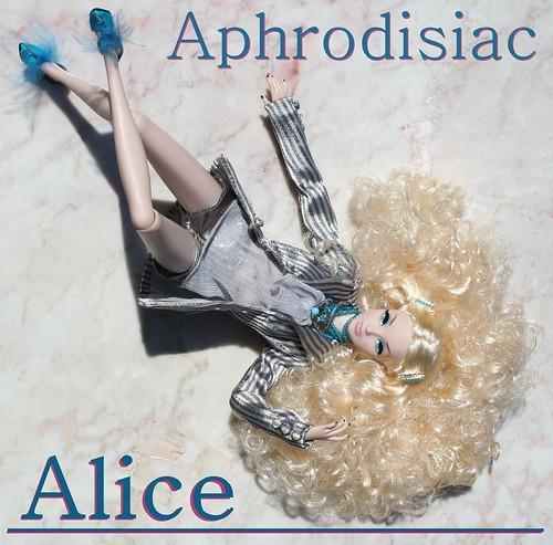 Fashion Trend Setter Alice