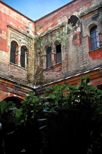Patio de de la Casa Palacio del Pumarejo, Bien de Interés Cultural del siglo XVIII.