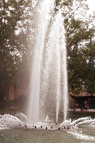365-214 Fountain