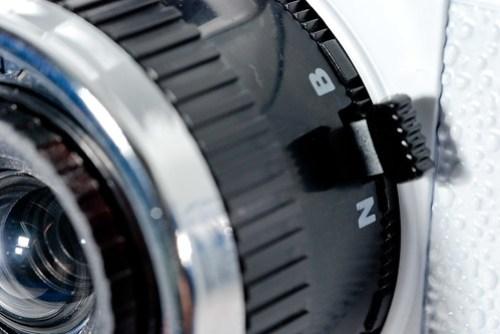 這麼簡易的相機居然有 B 快門,真的是太神奇了