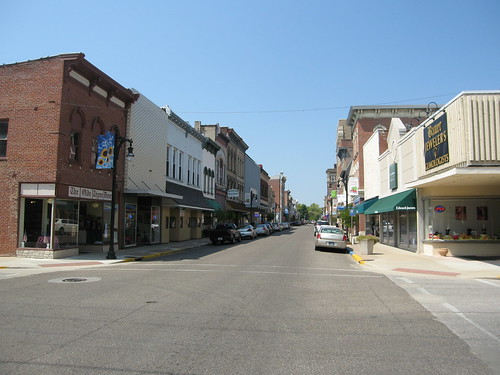 Vincennes Main Street