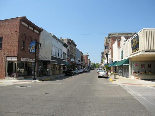 Vincennes Main Street