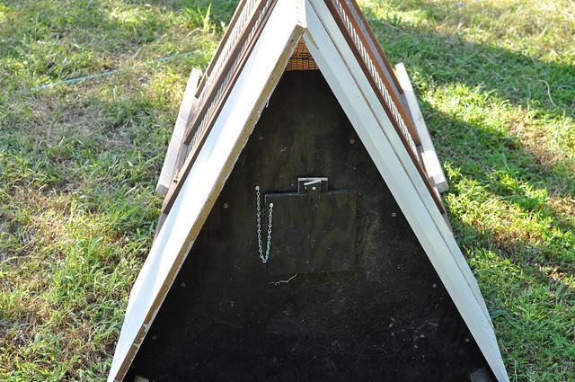 Nesting box door
