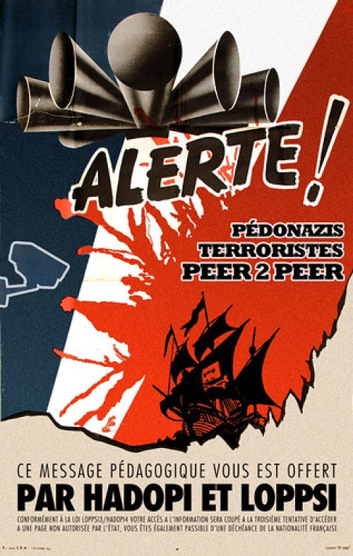 Alerte aux pédonazis