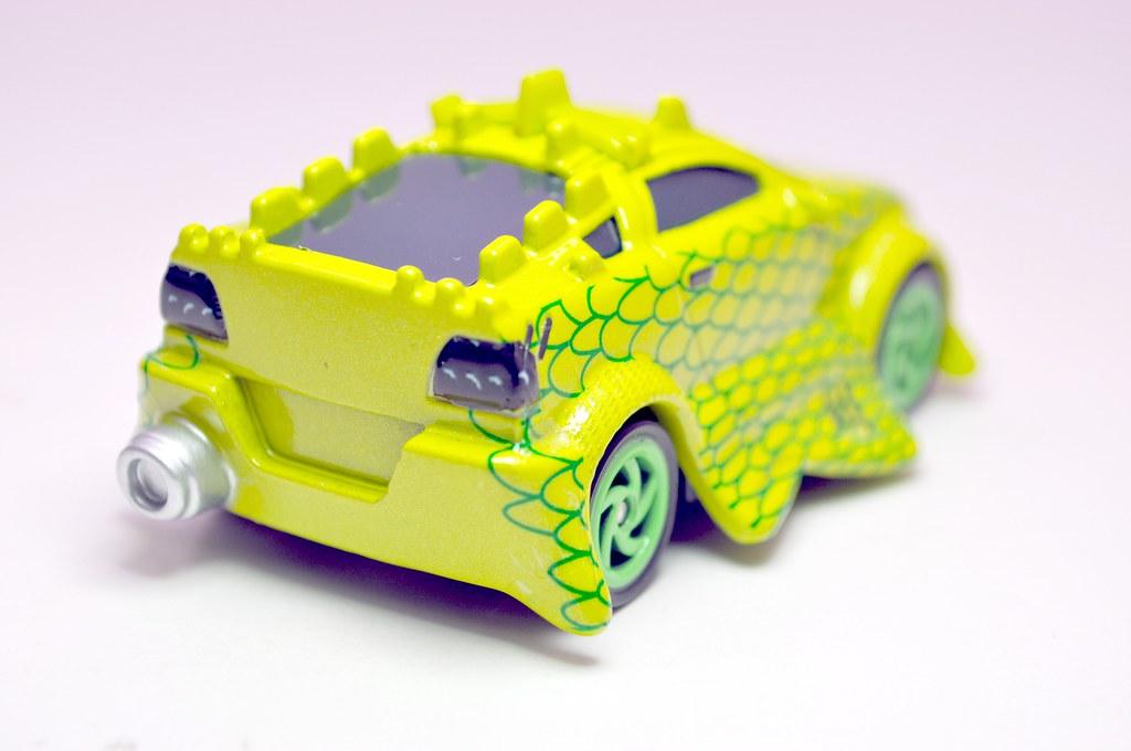 disney cars tokyo mater komodo (6)