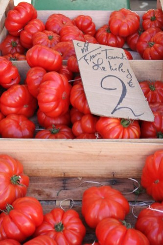 Tomatoes at Quai St Antoine Food Market