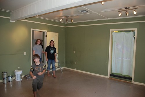 Maddie, Kenzie and Dallin survey the shop before we start