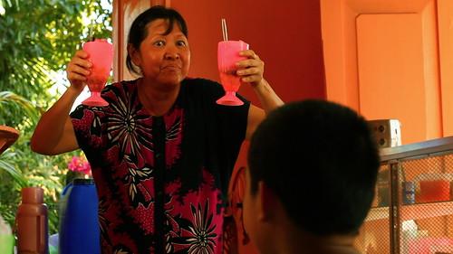 Manay Bing(Dexter Doria) serving her halo halo