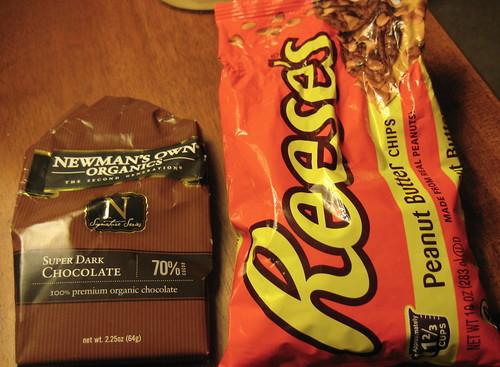 dark chocolate; reese's pb chips