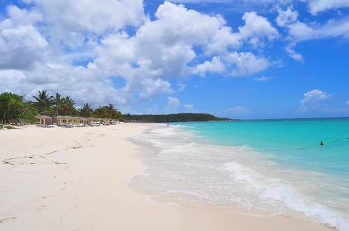Playa Esmerelda (Emerald Beach)