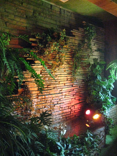 Graceland jungle room wall