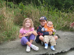 Katie, Noah & Riley - Aug 2010