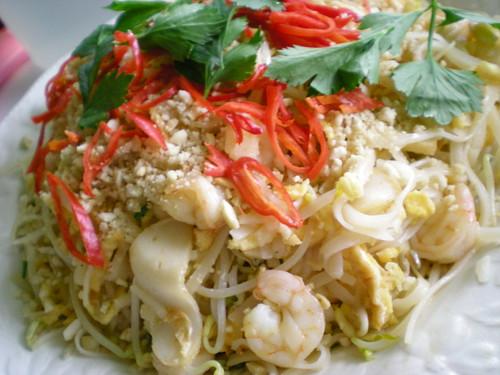 Pad Thai noodles 2