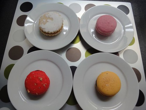 Alfajor and macarons
