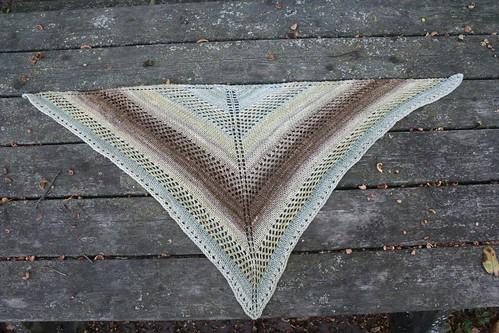 knitted :: Handspun Lavalette