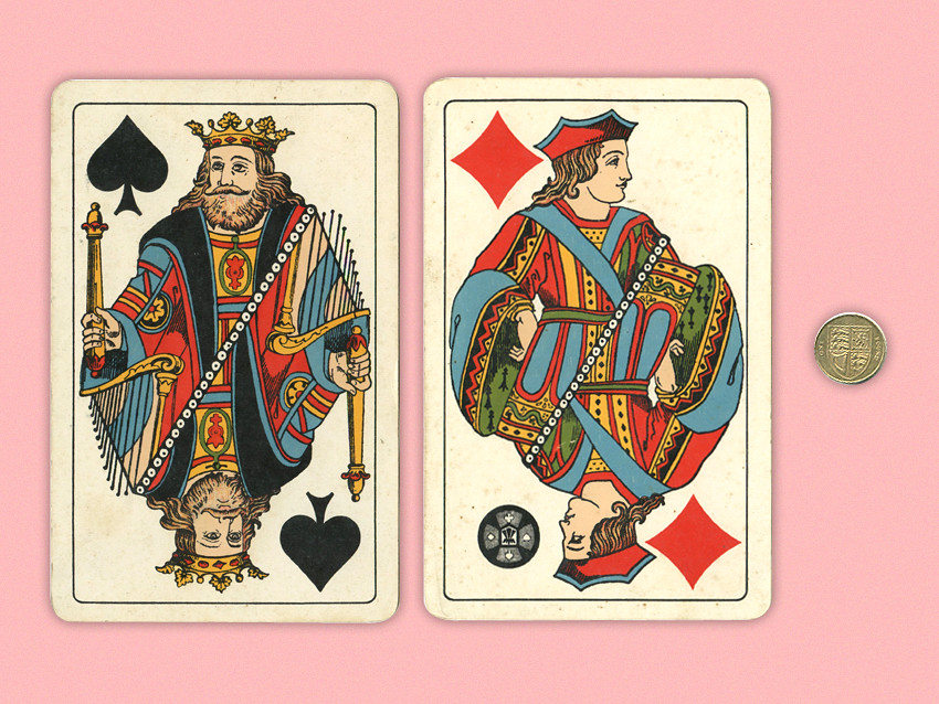 PLAYING-CARDS_01