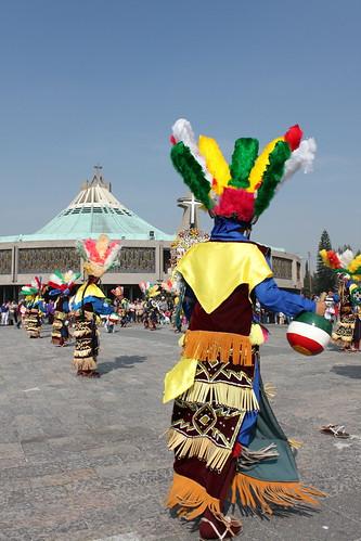 Danzantes en La Villa