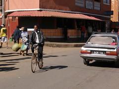 Ciclista en Ambositra
