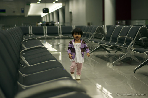 Lia at NAIA T3 on the way to HK