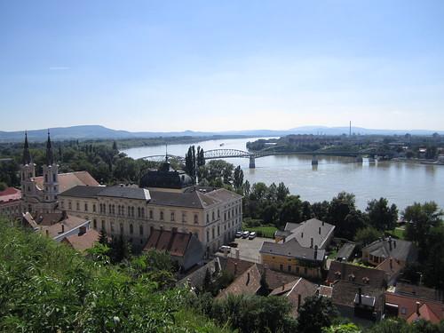 Road trip 0054 village Danube