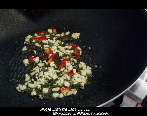 Aglio Olio with Bacon & Mushroom