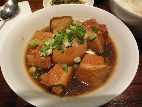 Taiwanese belly pork with Stewed Egg (扣肉滷蛋)