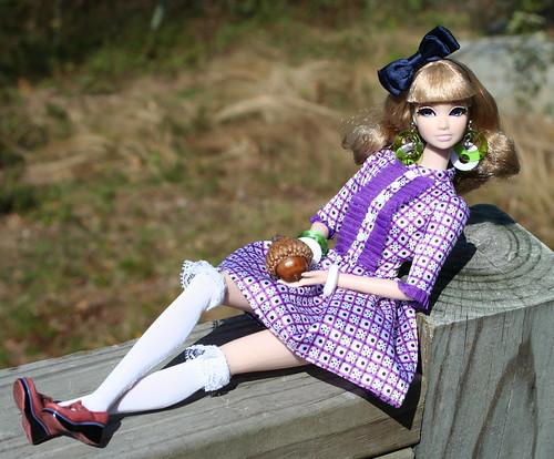 Amelie Finds A Tiny Acorn