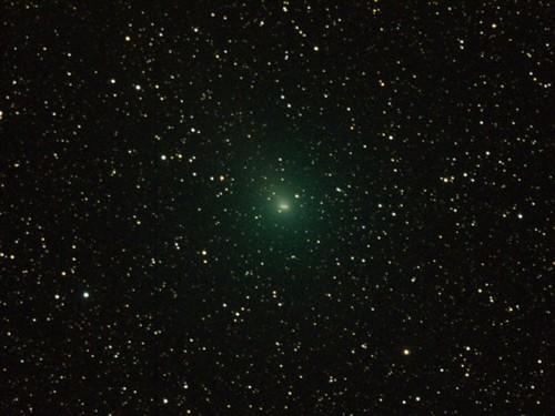 'Only' 14 Million Miles Away (NASA, Hartley 2,...
