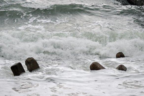 荒れた海~笹川流れ