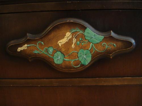 Nasturtium dresser detail