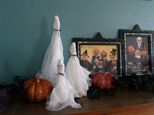 Paperclay ghosts on buffet
