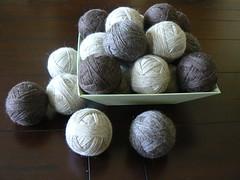 Unfelted dryer balls