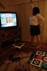 """""""Yes, she does DDR!"""" (2/3)"""