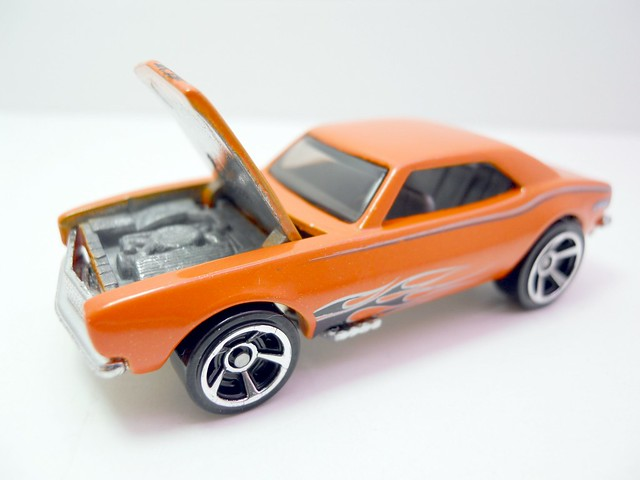 hw '67 chevy camaro orange (3)