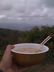 頂上でカップ麺を喰う