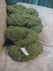 7 hanks peapod dorset worsted wool